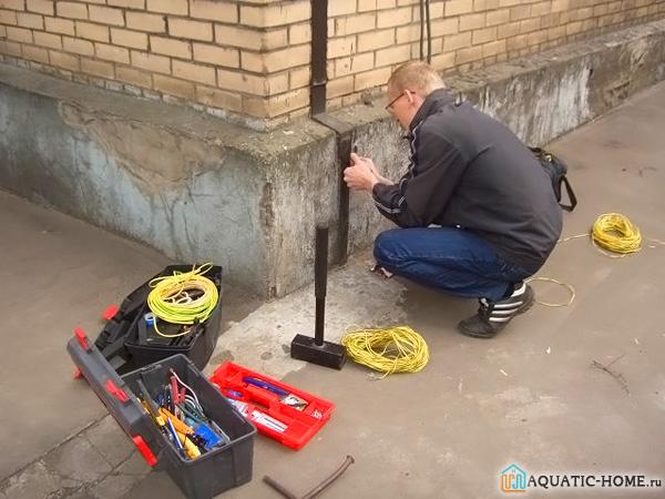 Выполнение монтажных работ потребует использования специального инструмента