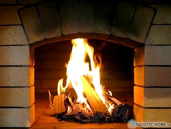 В парилке редко устанавливается оборудование с открытым огнем