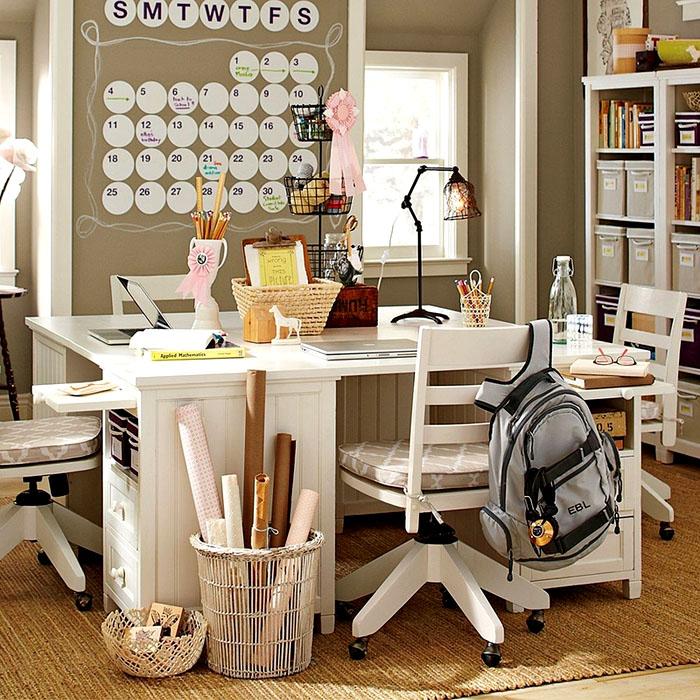 Если оснастить детскую комнату красивыми вещами, это будет способствовать развитию хорошего вкуса