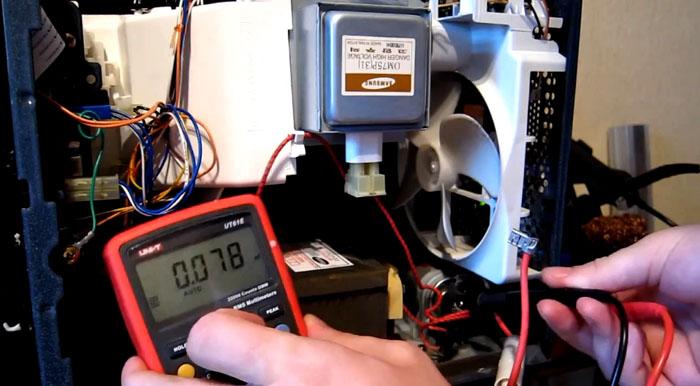 Испорченную по собственной вине микроволновую печь придется ремонтировать за счет владельца