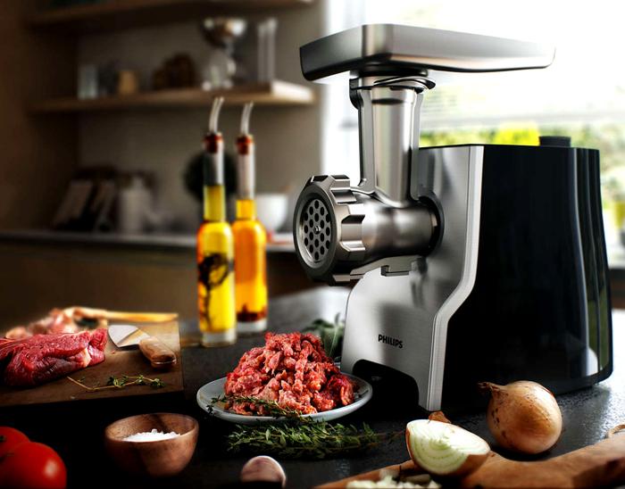 Мясорубка средней мощности перерабатывает килограмм мяса за две-три минуты