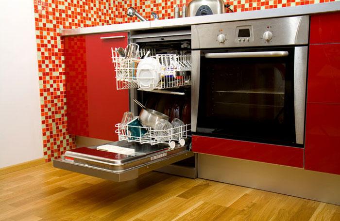 Дополнительные отделения позволяют разместить большое количество различной посуды