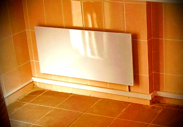 Аккуратная панель на стене
