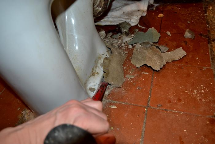 Удаление цементной замазки