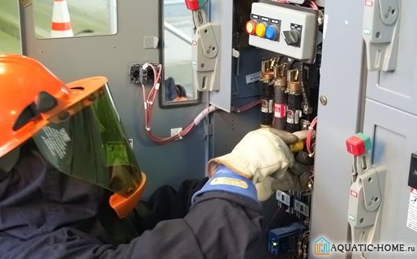 Установка устройства должна производится подготовленным человеком или профессионалом