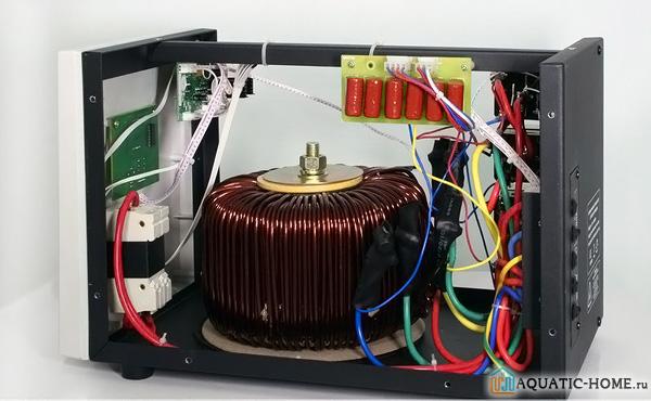 Релейный стабилизатор: устройство прибора