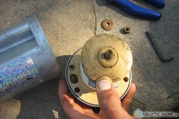 Ввиду простой конструкции ремонт устройства доступен даже неопытному мастеру