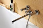 Смесители с душем для ванной с длинным изливом.