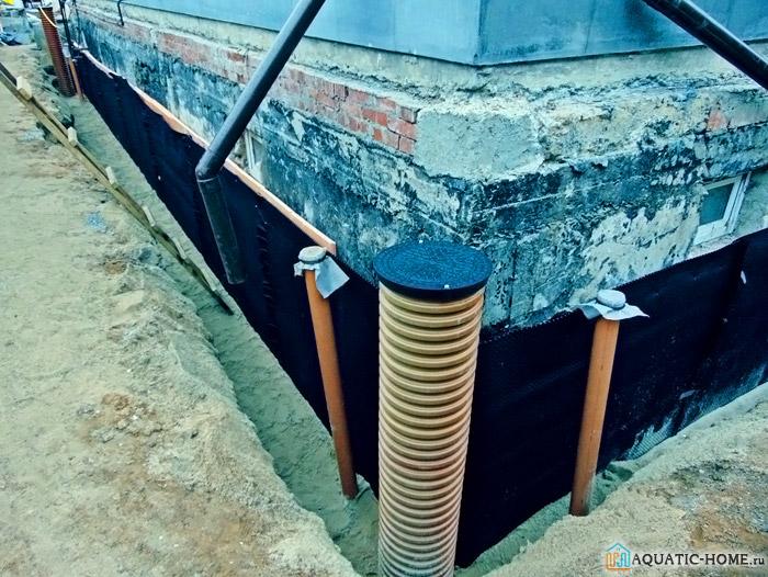 Вариант придомовой конструкции для дренирования на глубине