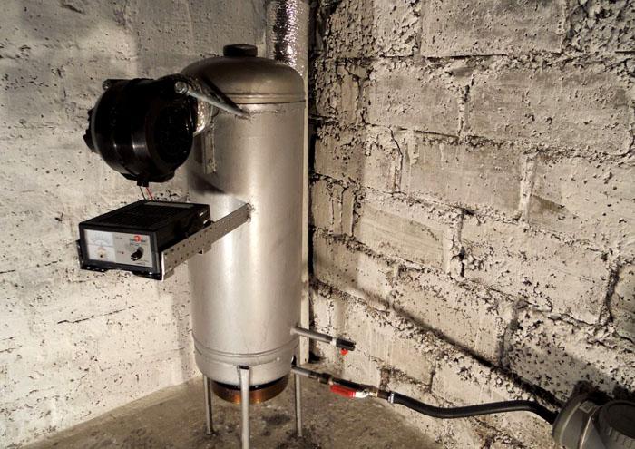Подача воздуха с помощью вентилятора увеличивает производительность котла