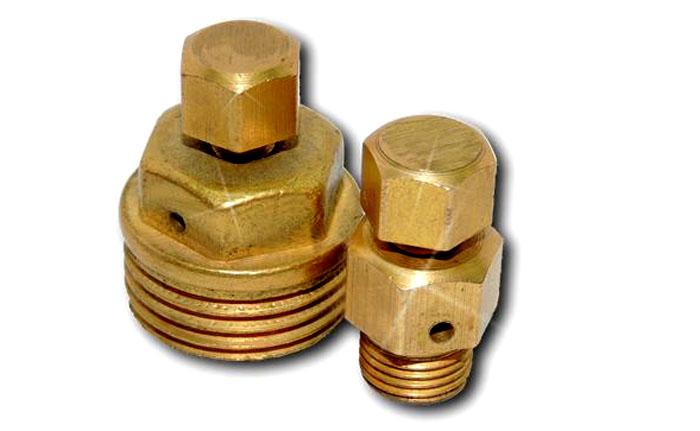 Краны Маевского имеют резьбу в один, полтора и три четверти дюйма, поэтому можно легко подобрать устройство под любую пробку