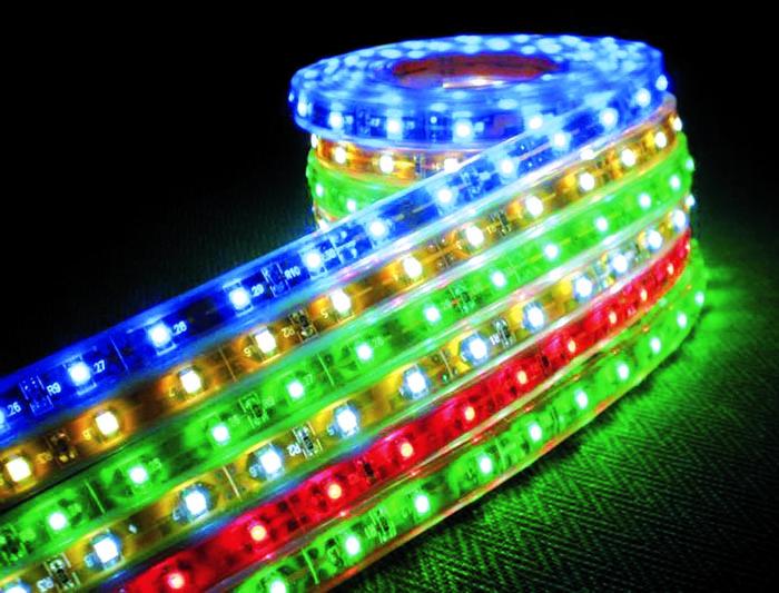 Дополнительное преимущество – возможность создания разноцветной подсветки