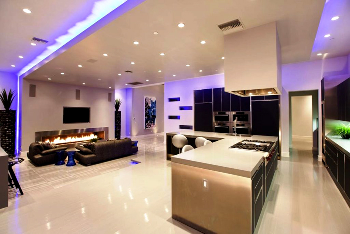 При правильном подходе подобные лампы станут превосходным украшением современного интерьера