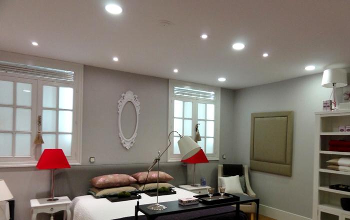 Необычные и стильные люстры станут роскошным декором для любой комнаты