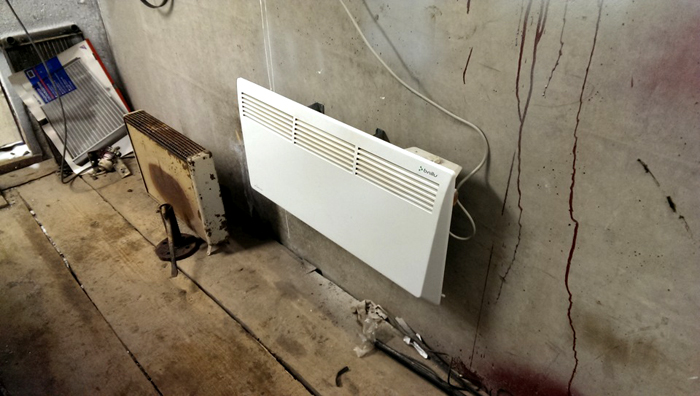 В качестве отопительных приборов применяются конвекторы