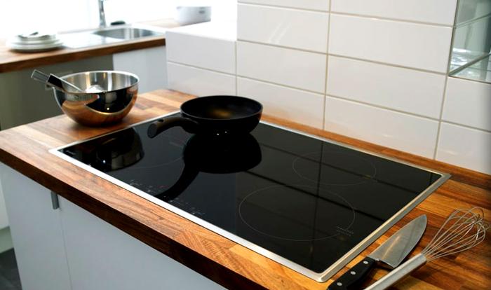 Можно подобрать плиту по размерам к любой столешнице